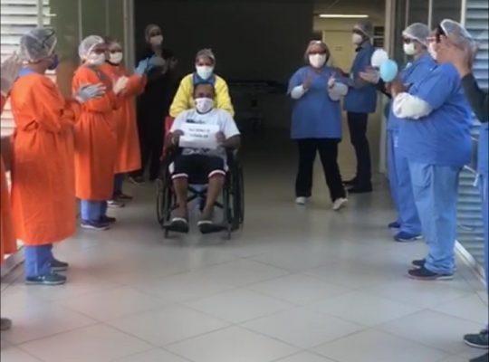 PRIMEIRO PACIENTE DA UTI DO HU-UFSCAR RECEBE ALTA
